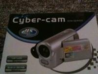 CYBER CAM DIGITAL VIDEO CAMERA 1.8 LCD SCREEN 32 MB
