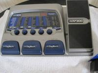 Digitech RP 300 Modeling Guitar Processor Built In