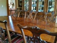 Drexel dining room set with matching china cabinet. 8