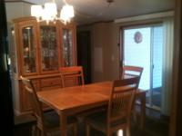 FOR SALE: GOOD CONDITIONTABLE WITH LEAF4 SIDE CHAIRS2