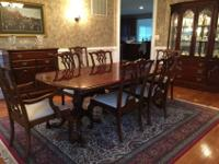 Beautiful dining room set with bear claw mahogany table