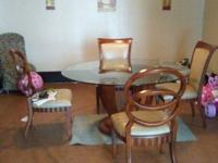 Beautiful dining room set with 6 matching chairs