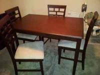 Selling my dining room table. I've only have to table