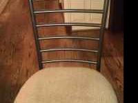 Dining room table w/6 chairs, great condition. Call
