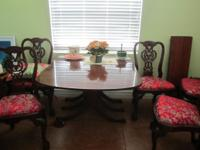 "Traditional pedestal table closes to 26"" x 42"""