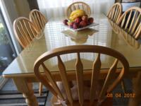 Nice Dining room table with 6 chairs natural wood