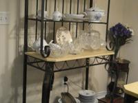 Type:Dining Room Glass table top. Beautiful wrought