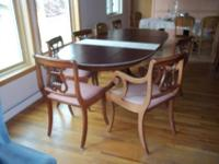 Duncan Phyfe dining room table, oval shape with 3