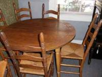 Solid Oak Table and 6 chairs. Can be extended with 2