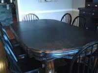 Super good Ethan Allen dining table that seats 8