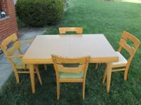 DINING TABLE & SIX CHAIRS MADE BY TEMPLE-STUART TABLE