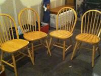 I am Selling a Dining table plus 4 chairs, good