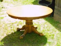Up for sale is a dining set including table and 6