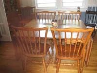 Diningroom suit. Table, 4 chairs, 2 captain chairs,