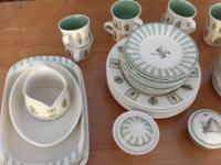 Complete 8 set of Pfaltzgraff dinnerware with salt and