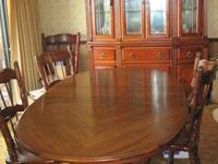 American Drew- Oak 8 pieces. Like new. Not a scratch or