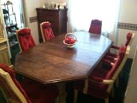 FOR SALE, 1972 Dinning room table with 6 chairs & China