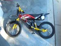 Kids dirt bike 40.00 Call or text . No emails please