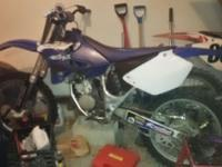 2000 YZ 125 Runs strong stars up one kick extra