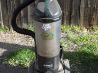 Dirt Devel 12 Amp bagless vacuum cleaner... needs belt.