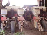 White 5100 No-Till planter 4 row original owner dickey