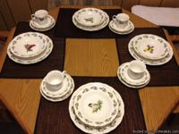 Beautiful Gibson Winter Bird collection Setting for 4,