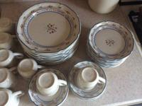 Set of Caiico SY-8173 dishes.  10 dinner, 12 dessert, 8