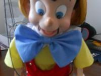 One Disney Classic Pinocchio Singing/Dancing Marionette