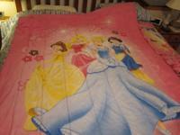 Disney Princess Twin Bedding Set  Comforter, Pillow