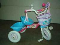 Disney Princess Tricycle for ages 18 Months to 4 Years.
