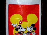 This vintage tote bag from Disneyland from the 1970's,
