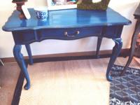 Distressed vintage blue sofa table, fantastic conditon,