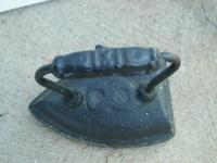 Antique Dixie #8 Sad Iron