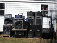 DJ equipment for sale. Peavey vintage CS-800 amplifier,
