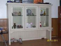 Nice off white/cream colored curio shelf has 1 glass