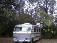 1979 DODGE APOLLO. SLEEPS. 6 to 8 peoplr, 33ft,
