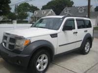 I AM SELLING A 2007 DODGE NITRO..SXT/3.7 V6.... IN VERY