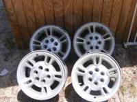 lots and lots of dodge parts durango/dakota wheels set