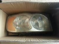 Set of head lights for a dodge ram  1500  will fit 2002