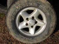 Set of 4 Dodge Truck Aluminum Wheels - tires hold air