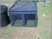 i have a nice dog box 2 bay with bull dog hook on top