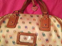 Authentic Dooney & Bourke. Purchased for $100. Costing