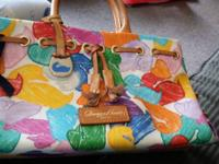 Authentic dooney & bourke purse brand new was given to