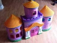 Dora the Explorer Magical Castle Set with some