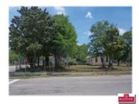 These 2 parcels are a total of 0.40 Acres fronting on 3