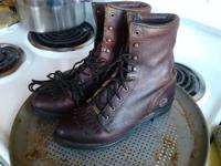I have a pair of Double H Women's Lacers size 8 (slim)