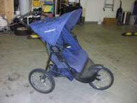 Nice Double jogging stroller...Baby Trend...Blue...very