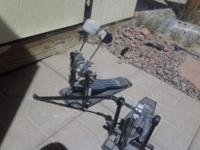 Offering my drums double pedal. Excellent condition.