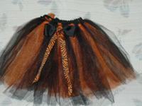This double tutu is 20 inches in the waist and will