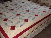 This quilt was made in it's entirety by Judie. Even